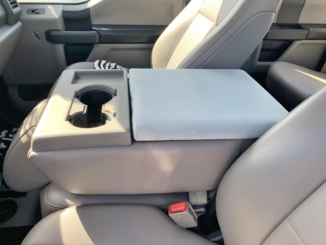 Neoprene Console Cover - Ford Truck F-450, F-550, F-650 (2016-2020) Fold down middle seat with console