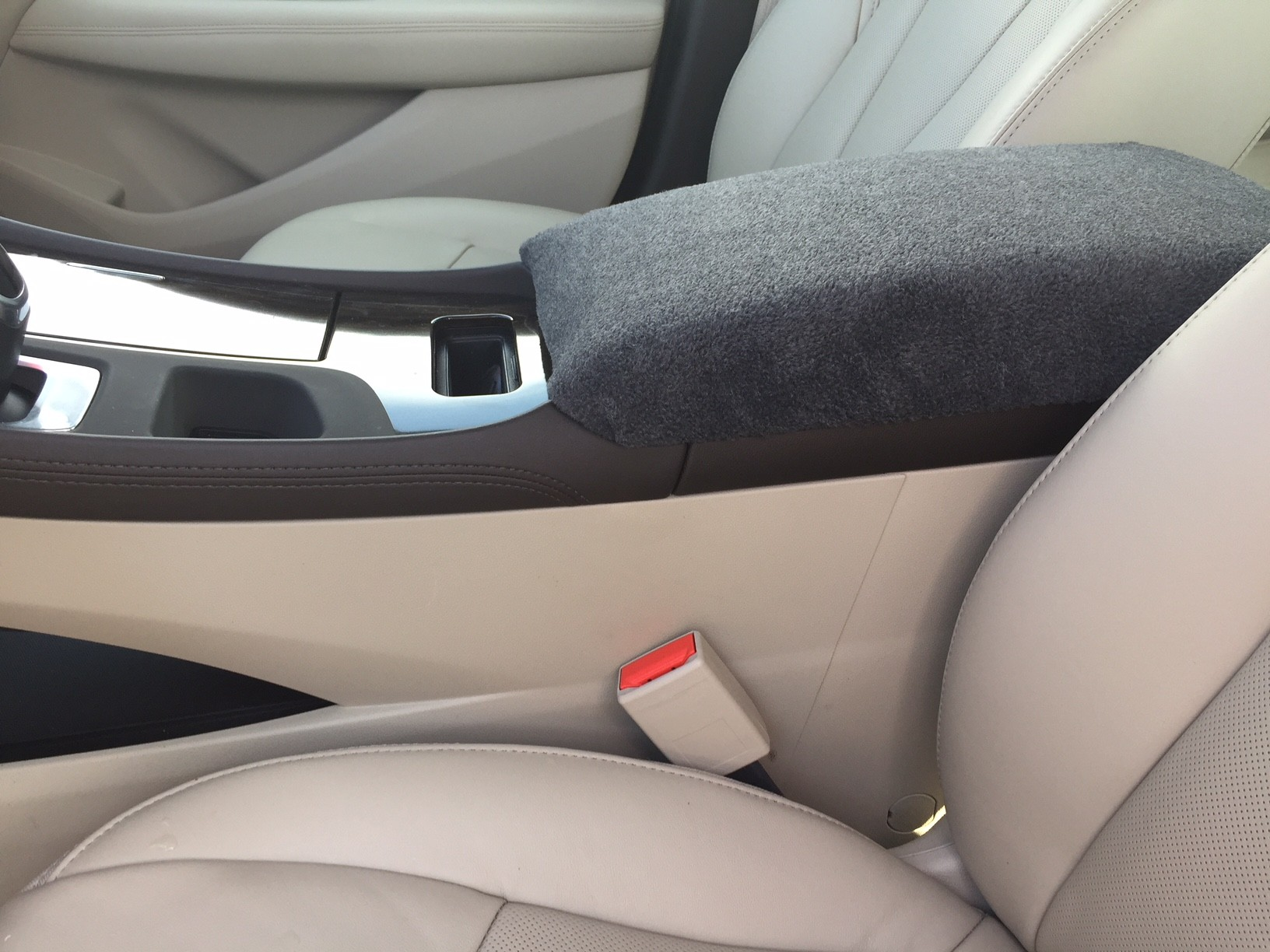 Fleece Console Cover - Buick LaCrosse 2017- 2019