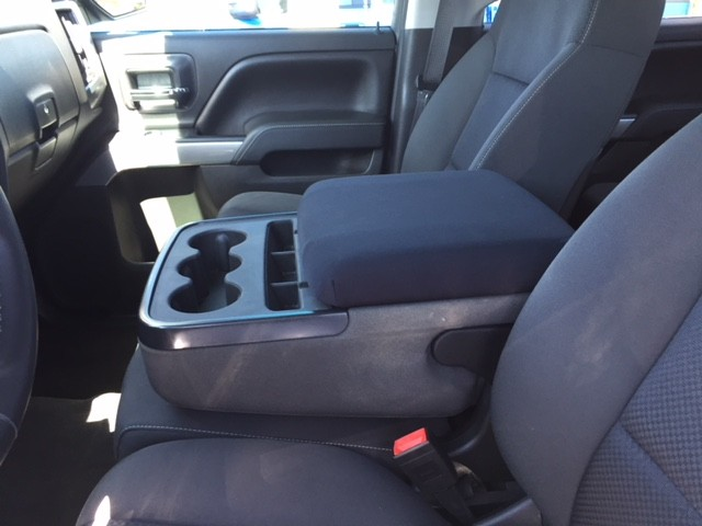 Neoprene Center Console Armrest Cover - Chevrolet Silverado 1500, 2500 LT, LS & WT 2007-13 Fit the center console lid with a protective waterproof cover.