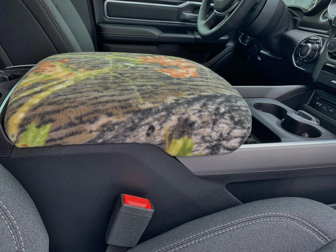 Fleece Console Cover - Ram 1500, 2500, & 3500 ( 2019 - 2020 Laramie, Limited, Big Horn, Tradesman, Rebel)