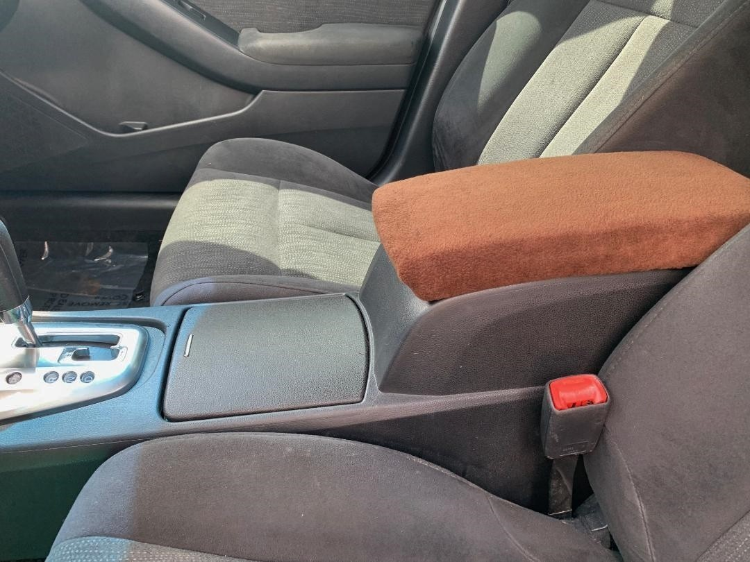 Fleece Center Console Armrest Cover - Toyota Tacoma 2001-2004